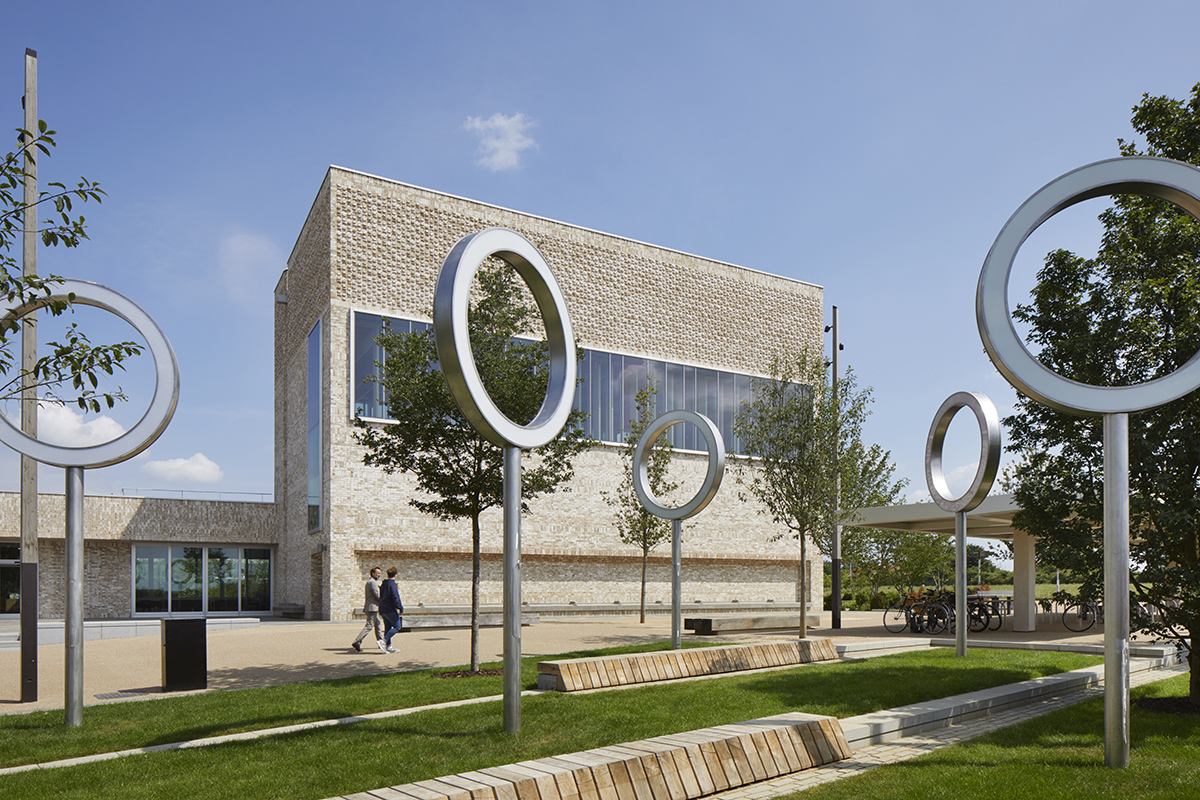 Community Square, Eddington